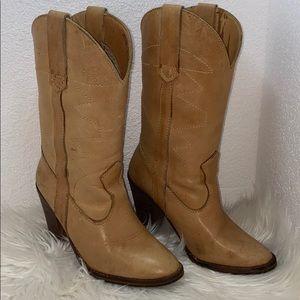 pretty cowboy boot
